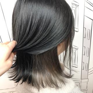 エレガント グレージュ インナーカラー ボブ ヘアスタイルや髪型の写真・画像