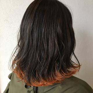 ミディアム ガーリー インナーカラー ヘアスタイルや髪型の写真・画像