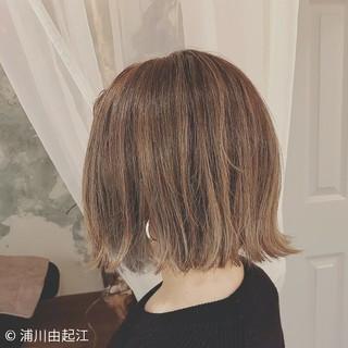 フェミニン 外ハネ ハイライト ゆるふわ ヘアスタイルや髪型の写真・画像