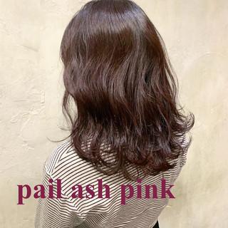 セミロング ラベンダー ラベンダーピンク レッド ヘアスタイルや髪型の写真・画像