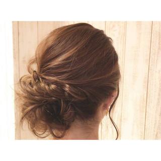 ロング 上品 編み込み エレガント ヘアスタイルや髪型の写真・画像