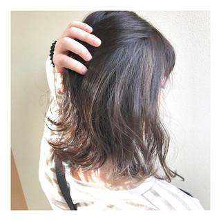 春ヘア インナーカラー ボブ 大人ハイライト ヘアスタイルや髪型の写真・画像