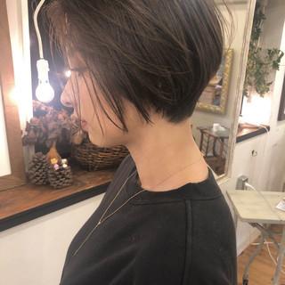 アンニュイ ブラウン デート ハンサムショート ヘアスタイルや髪型の写真・画像