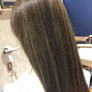 イルミナカラー 透明感 フェミニン ロング ヘアスタイルや髪型の写真・画像