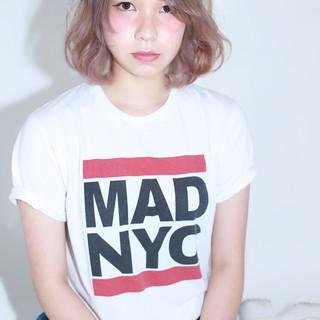 ミディアム 外国人風 グレージュ ベージュ ヘアスタイルや髪型の写真・画像