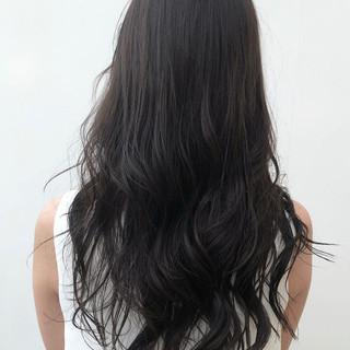 デート ロング ナチュラル パーマ ヘアスタイルや髪型の写真・画像
