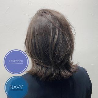 ボブ レイヤーボブ シルバーグレー ラベンダーグレージュ ヘアスタイルや髪型の写真・画像