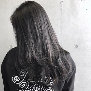 グレージュ グレー セミロング 黒髪 ヘアスタイルや髪型の写真・画像