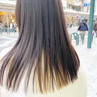 ロング インナーカラー ハイトーン モード ヘアスタイルや髪型の写真・画像