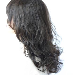 セミロング ヘアアレンジ フェミニン リラックス ヘアスタイルや髪型の写真・画像