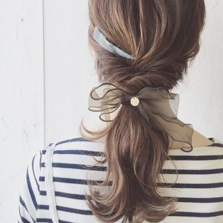 ポニーテール ナチュラル 簡単ヘアアレンジ ミディアム ヘアスタイルや髪型の写真・画像 ヘアスタイルや髪型の写真・画像
