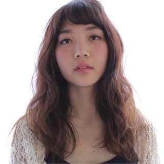 外国人風 グラデーションカラー ストリート セミロング ヘアスタイルや髪型の写真・画像