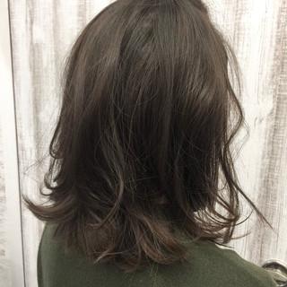小顔 セミロング エレガント 透明感 ヘアスタイルや髪型の写真・画像