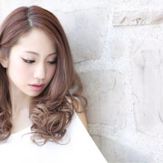 ナチュラル ゆるふわ 大人かわいい ブラウンベージュ ヘアスタイルや髪型の写真・画像 ヘアスタイルや髪型の写真・画像