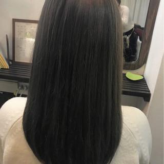 アッシュグレー 外国人風カラー ロング グレージュ ヘアスタイルや髪型の写真・画像