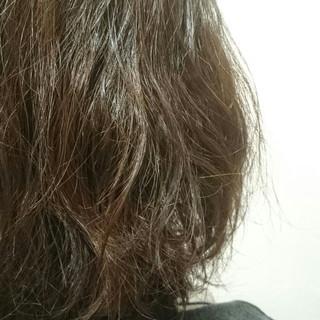 前髪パーマ コンサバ ショートボブ パーマ ヘアスタイルや髪型の写真・画像