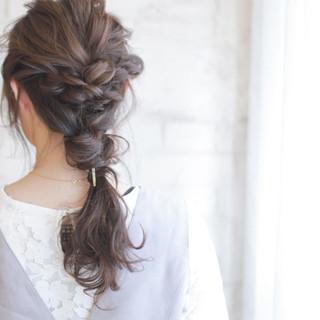 簡単ヘアアレンジ 結婚式 ゆるふわ ショート ヘアスタイルや髪型の写真・画像