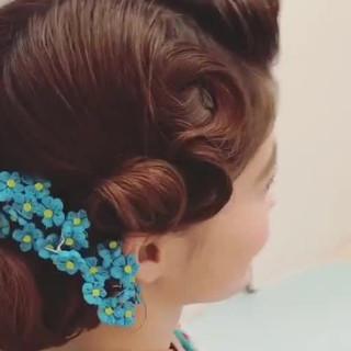 結婚式 ミディアム ヘアアレンジ フェミニン ヘアスタイルや髪型の写真・画像 ヘアスタイルや髪型の写真・画像