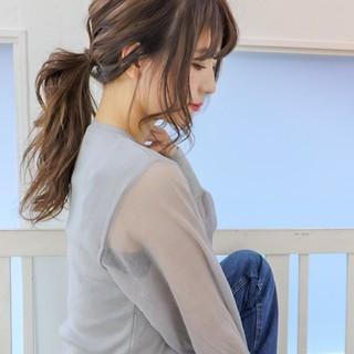 デート ガーリー ロング ヘアカラー ヘアスタイルや髪型の写真・画像