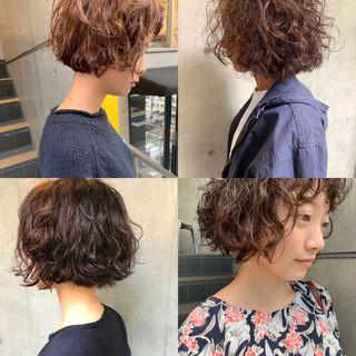 ショートヘア ベリーショート モード 切りっぱなしボブ ヘアスタイルや髪型の写真・画像