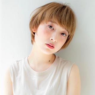 ショートヘア マッシュショート ショート ナチュラル ヘアスタイルや髪型の写真・画像