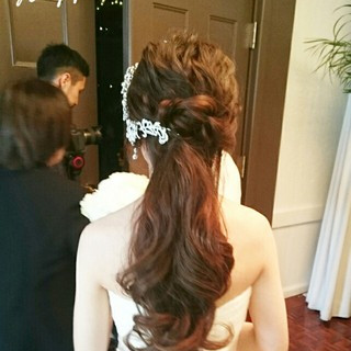 ゆるふわ 大人かわいい 結婚式 ハーフアップ ヘアスタイルや髪型の写真・画像