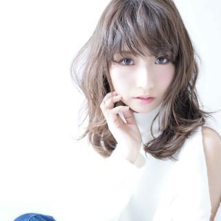小顔 大人かわいい エフォートレス ニュアンス ヘアスタイルや髪型の写真・画像