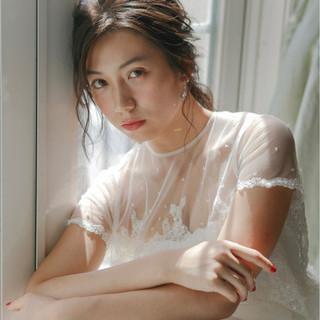 セミロング 大人かわいい 結婚式 アンニュイ ヘアスタイルや髪型の写真・画像