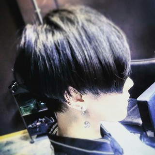 刈り上げ ボーイッシュ メンズ モード ヘアスタイルや髪型の写真・画像