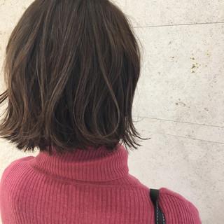 大人かわいい ハイライト ボブ ゆるふわ ヘアスタイルや髪型の写真・画像