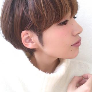 大人女子 小顔 かっこいい ナチュラル ヘアスタイルや髪型の写真・画像