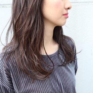 ミルクティー セミロング 大人かわいい フェミニン ヘアスタイルや髪型の写真・画像