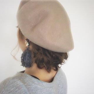フィッシュボーン ロング ヘアアレンジ ベレー帽 ヘアスタイルや髪型の写真・画像 ヘアスタイルや髪型の写真・画像