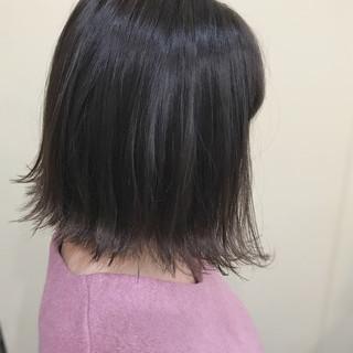 アッシュグレージュ 暗髪 モード ニュアンス ヘアスタイルや髪型の写真・画像