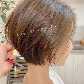 ナチュラル ショートボブ パーマ アンニュイほつれヘア ヘアスタイルや髪型の写真・画像