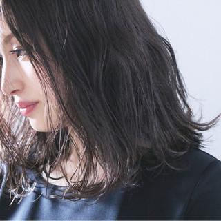 女子力 ナチュラル アンニュイ ミディアム ヘアスタイルや髪型の写真・画像