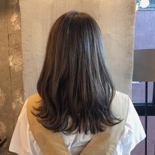 暗髪 ヘアアレンジ 外国人風カラー くすみカラー ヘアスタイルや髪型の写真・画像