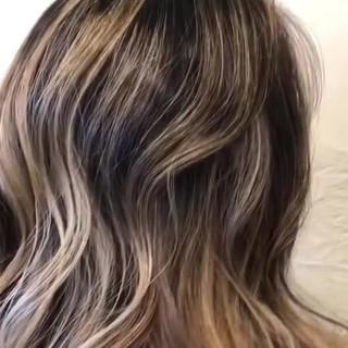 外国人風カラー エアータッチ ダブルブリーチ ロング ヘアスタイルや髪型の写真・画像