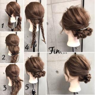 シニヨン ヘアアレンジ 三つ編み 大人女子 ヘアスタイルや髪型の写真・画像