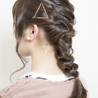 ショート 簡単ヘアアレンジ ヘアアレンジ くるりんぱ ヘアスタイルや髪型の写真・画像 ヘアスタイルや髪型の写真・画像