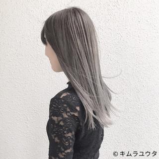 ガーリー ハイトーン ダブルカラー ホワイト ヘアスタイルや髪型の写真・画像