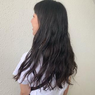ゆるふわパーマ ロング 無造作パーマ ナチュラル ヘアスタイルや髪型の写真・画像