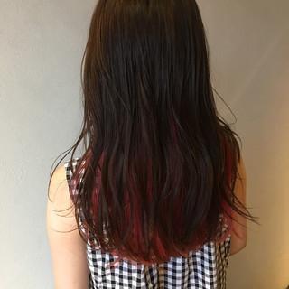 インナーカラー ストリート ピンクバイオレット セミロング ヘアスタイルや髪型の写真・画像