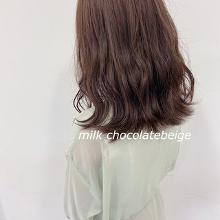 波ウェーブ ナチュラル チョコレート ミディアム ヘアスタイルや髪型の写真・画像