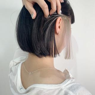 ストリート ホワイトブリーチ ボブ ホワイト ヘアスタイルや髪型の写真・画像