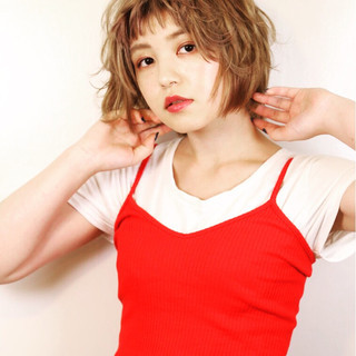 オン眉 パーマ ヘアアレンジ ショート ヘアスタイルや髪型の写真・画像