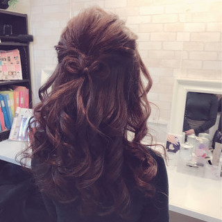 大人かわいい ガーリー 冬 結婚式 ヘアスタイルや髪型の写真・画像