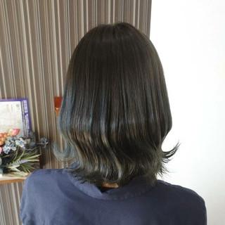 ミディアム ヘアカラー アッシュグレージュ ナチュラル ヘアスタイルや髪型の写真・画像