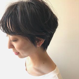 透明感 ショート ラベンダーグレージュ ハイライト ヘアスタイルや髪型の写真・画像