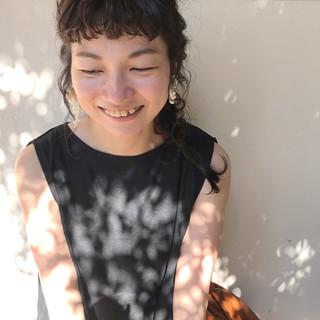 ガーリー ヘアアレンジ セミロング 簡単ヘアアレンジ ヘアスタイルや髪型の写真・画像